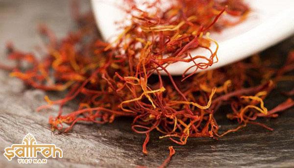 Nhụy hoa nghệ tây dùng để làm đẹp