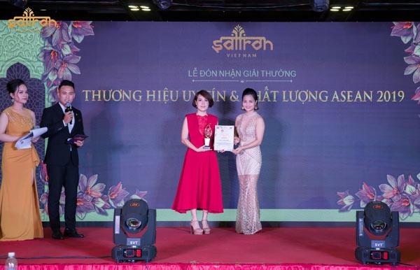 """Saffron VIETNAM nhận giải thưởng """"Thương hiệu uy tín & chất lượng ASEAN 2019"""""""