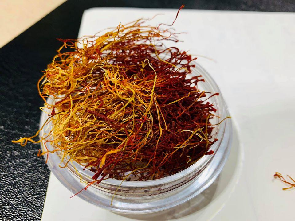 saffron tươi là gì