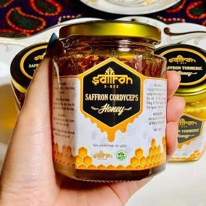 saffron-voi-dong-trung-ha-thao