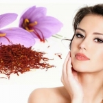 Dùng saffron trị mụn - thâm hiệu quả