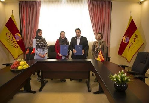 Đại diện Saffron VIETNAM ký kết hợp tác phân phối độc quyền với Nhà sản xuất Gohar Saffron