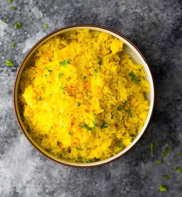 Cách nấu cơm với saffron đơn giản bằng nồi cơm điện