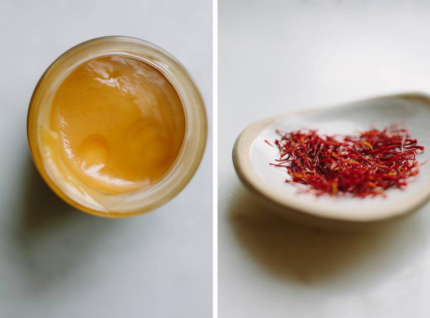 C叩ch ng但m m畉� ong & Saffron